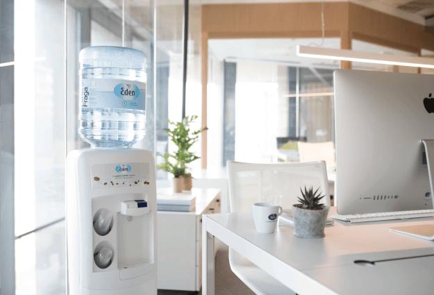 ūdens piegāde birojiem