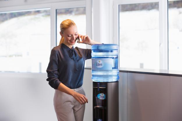 ūdens un kafijas piegāde